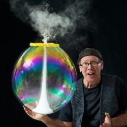 FAKE Amazing Bubble Man